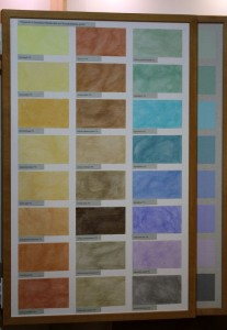 Im Bild sehen Sie Möglichkeiten, die Sumpfkalkfarbe einzufärben